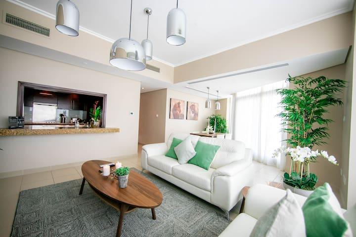 A16 New 1  BR apartment walk to Burj Khalifa