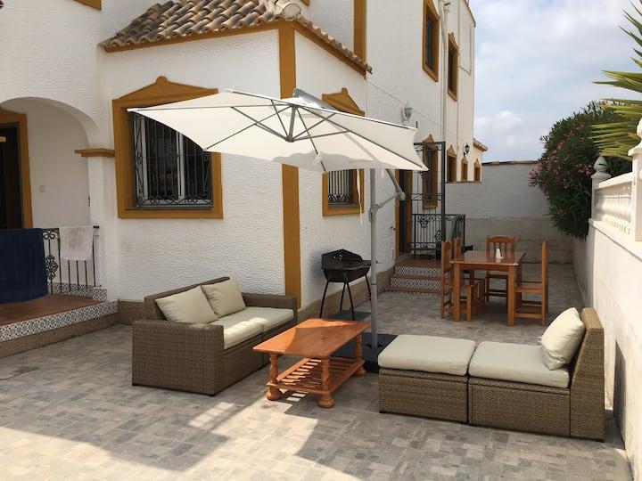Family villa, vistabella golf complex, shared pool