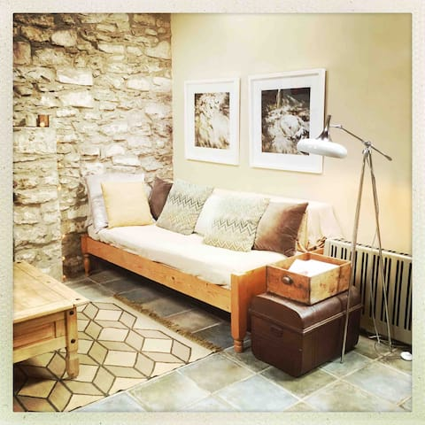 Tranquil converted stone barn retreat