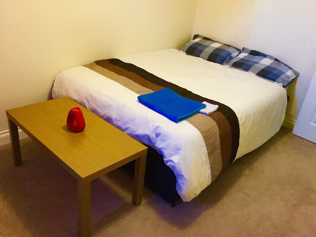 Comfy double bed.