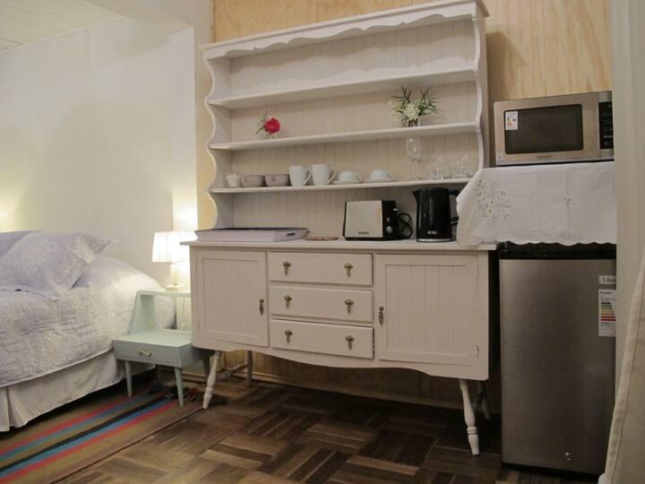 Habitación doble con comedor - baño compartido (4)