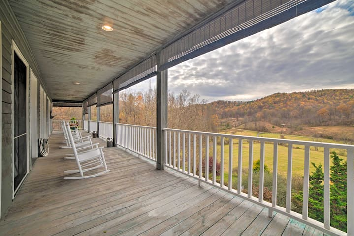 New! Spacious Shenandoah Home on 35 Private Acres