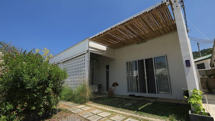 Lovely Cottage 700M-Beach King Size Bed Fast WIFI
