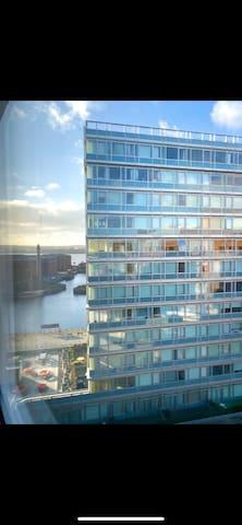Stunning Studio Apartment in City Centre L1