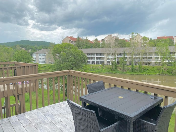Relax and enjoy Branson in Style