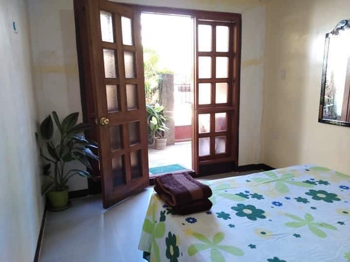 Long Beach Home Stay-Alimanguan (Fan Room)