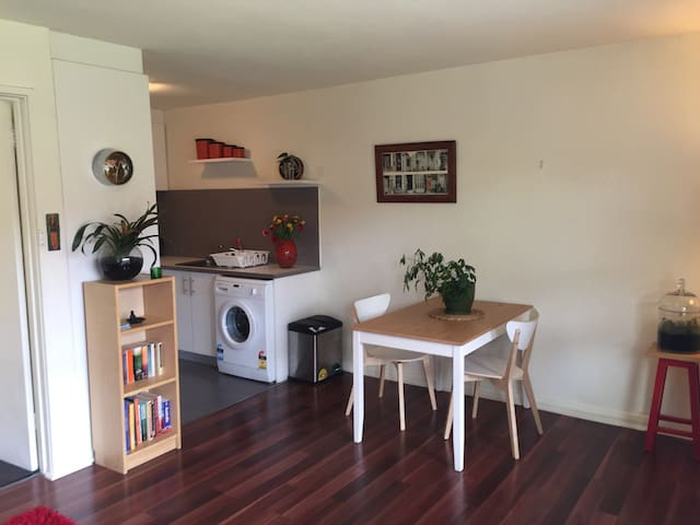 Portafino - Light & bright 1 Br Apartment