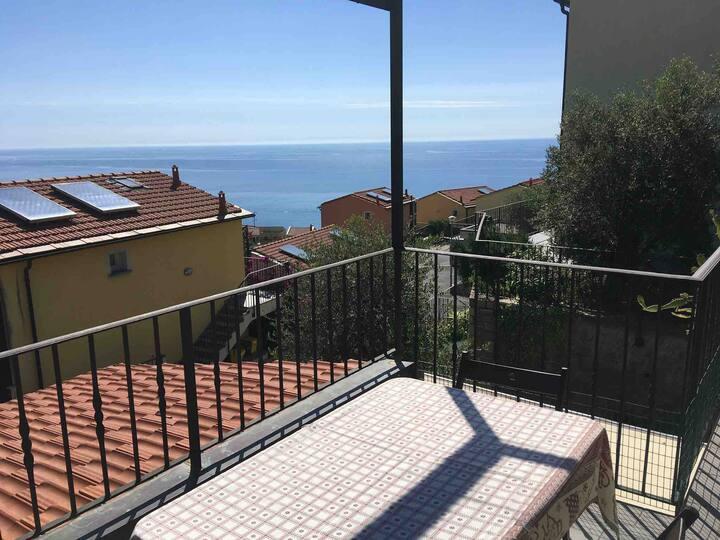 Villa Sea & Dream (Imperia zona Poggi)