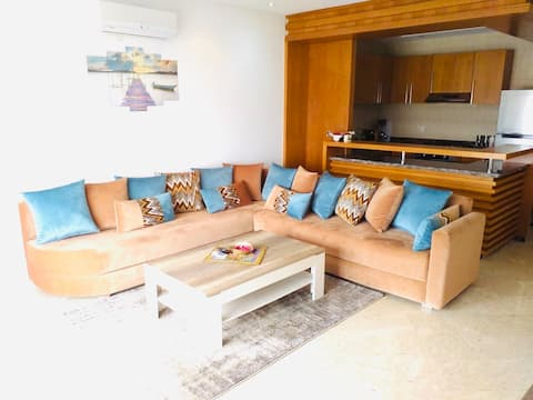 Luxury Flat with sea view - Private free parking
