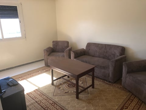 Möblerad lägenhet nära tågstation