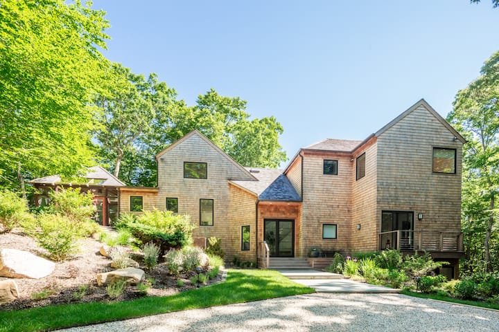 Secluded Amagansett Oasis