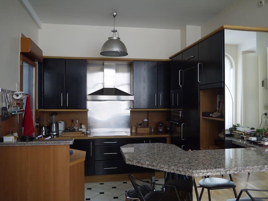 La cuisine dans laquelle Catherine Deneuve a cuisiné dans le film Belle-Maman