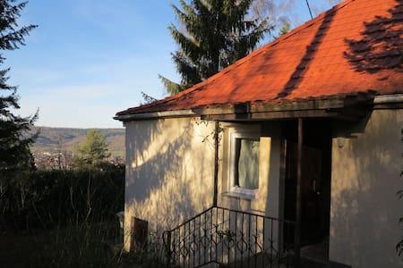 Häuschen im Grünen - Winterbach - House
