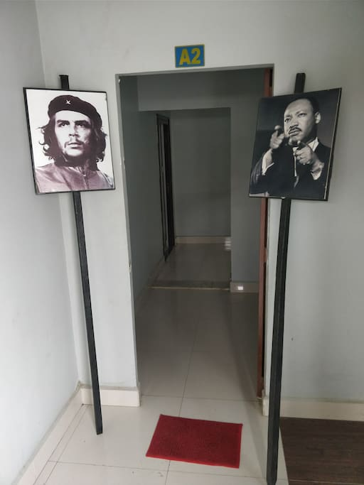 Che and Martin welcome you!