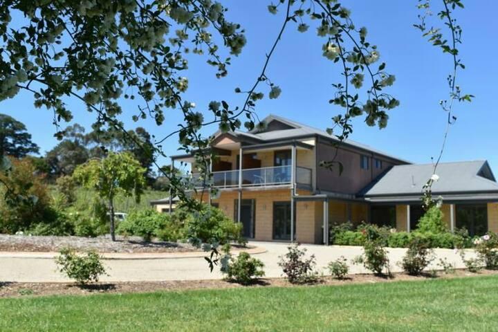 Retreat paradise Gypsy Creek winery
