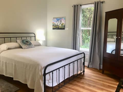 Green Retreat with Duke Farms View~ EV charger