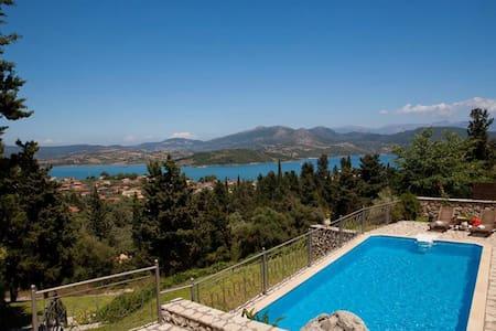 """Theasis Villas holiday homes"" - Ligia - Villa"