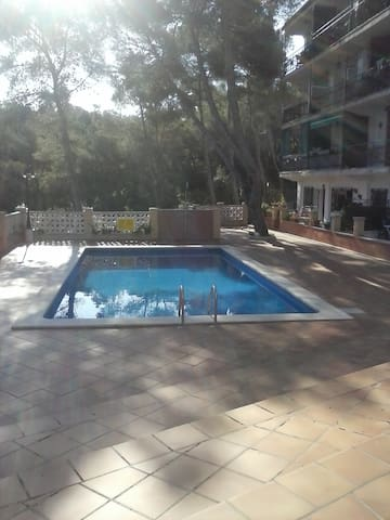En plena naturaleza,SITGES a 4 Km.(near Barcelona) - Sant Pere de Ribes - Apartamento