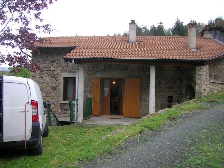 Maison au calme à Labatie d'Andaure 07570