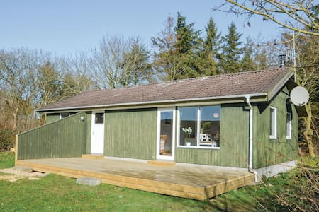 Holiday cottage with 2 bedrooms on 76m² in Nykøbing M