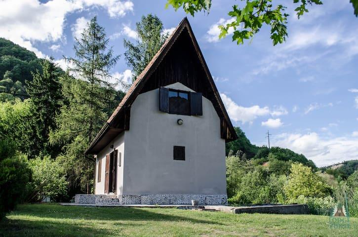 Lodge Zbilje Visoko / Bosnian Pyramids
