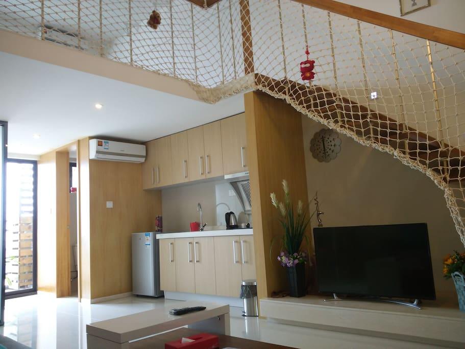 一楼客厅厨房