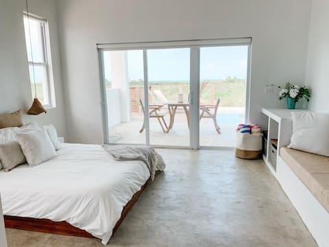 Ponciana House Pool Side Studio, Ocean View