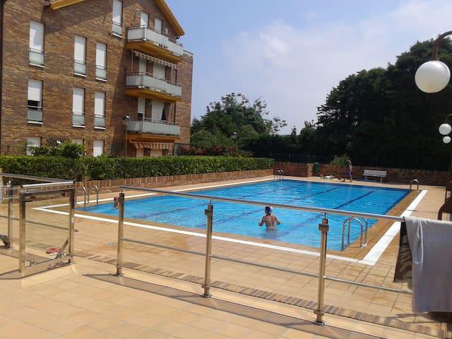 ISLA, APARTAMENTO CON PISCINA - Isla Playa - Apartment