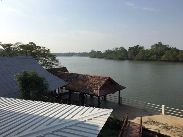 Rongrak Amphawa - Tambon Ban Prok - Huis