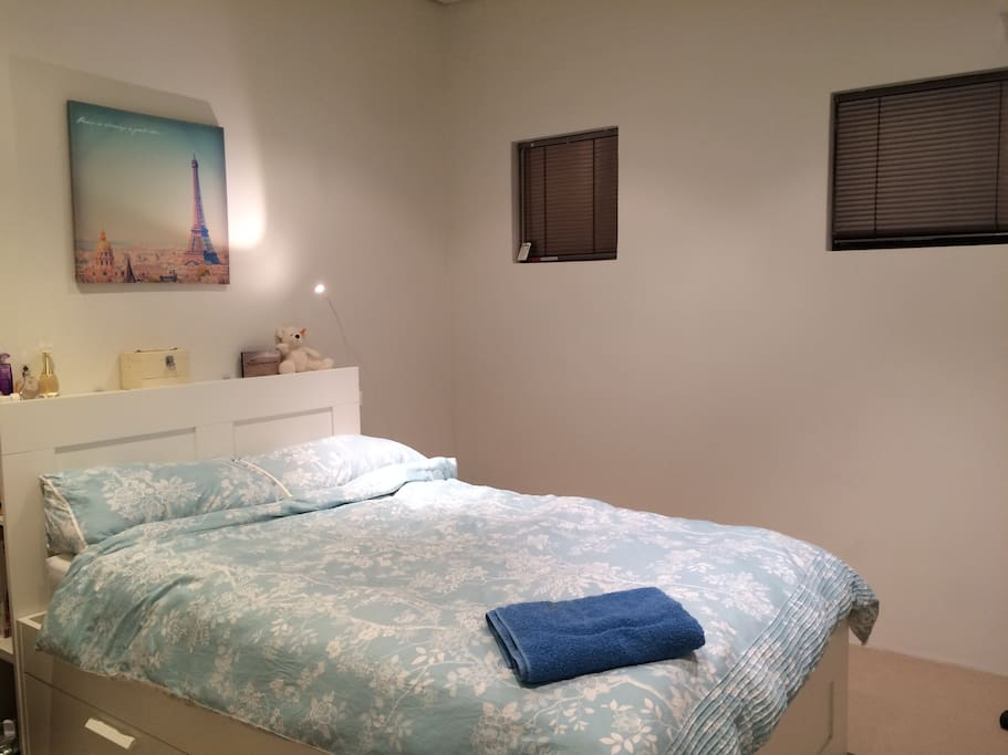 another room - see separate listing - double