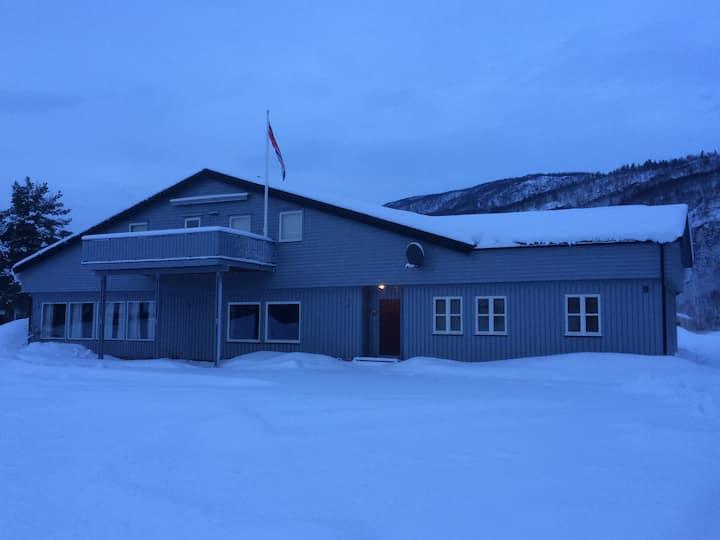 Stort hus på Rundhaug i Målselv