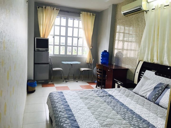 Cozy  room on Ho Hao Hon St,District 1 (42/10A-2A)