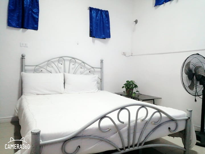 Fully Furnished House (studio unit) near Megaworld