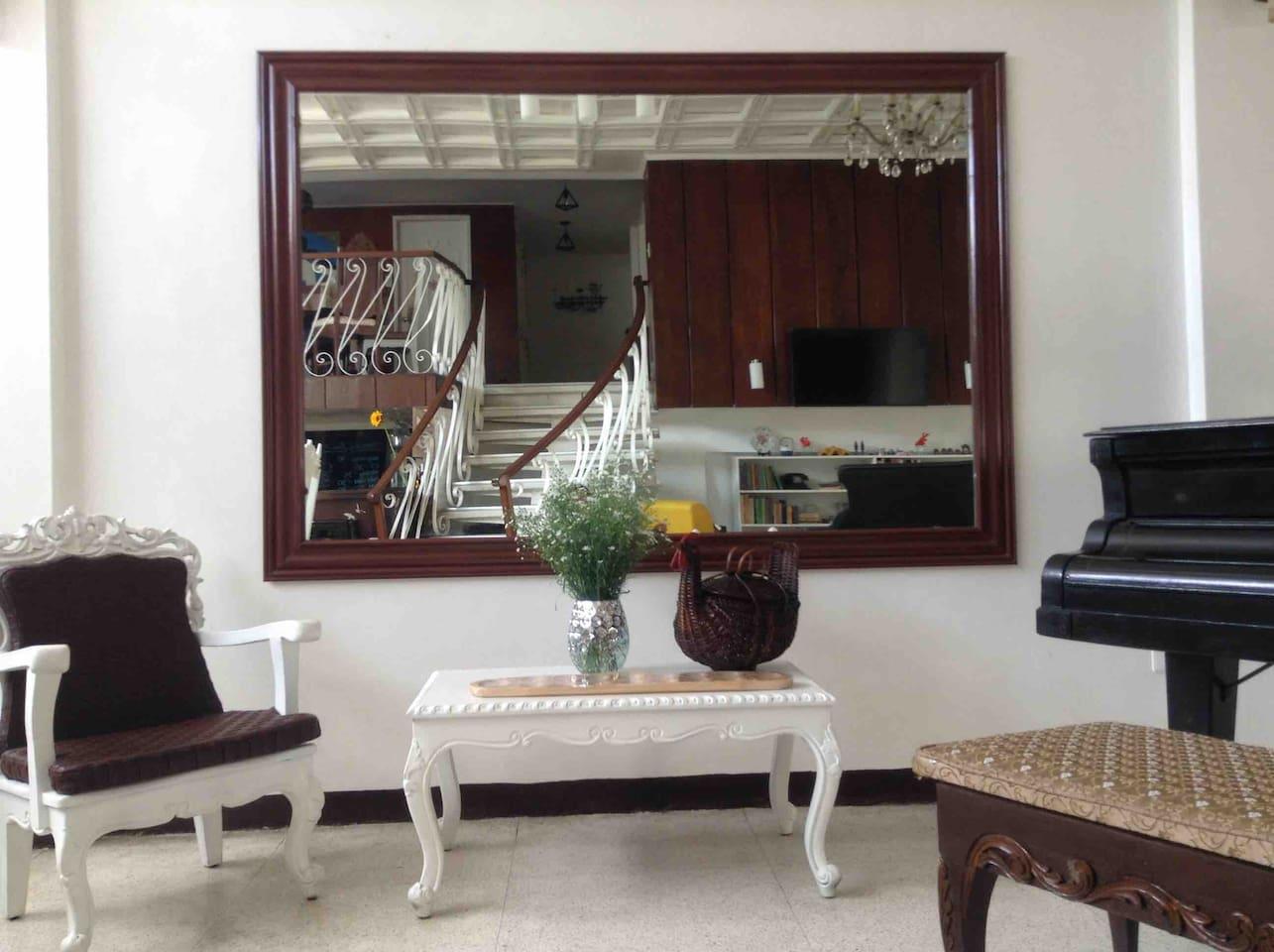 Terrace House on Mayon Av:  Mezzanine with 3 rooms