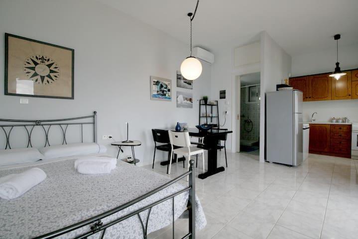 Bedroom in Cosy Apartment - Kitchen - Bathroom
