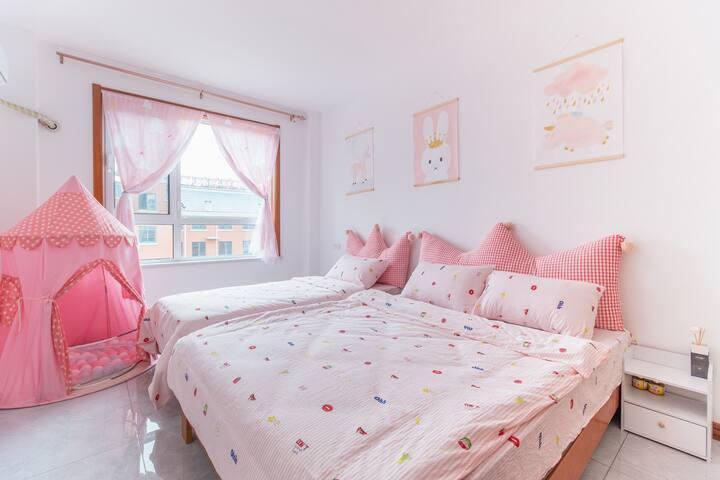 近港口两室两厅整租,免费接送站,ins风拍照,粉色卡同房满足你的少女心