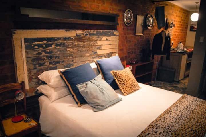 James Dean room in Roodeplaat area!