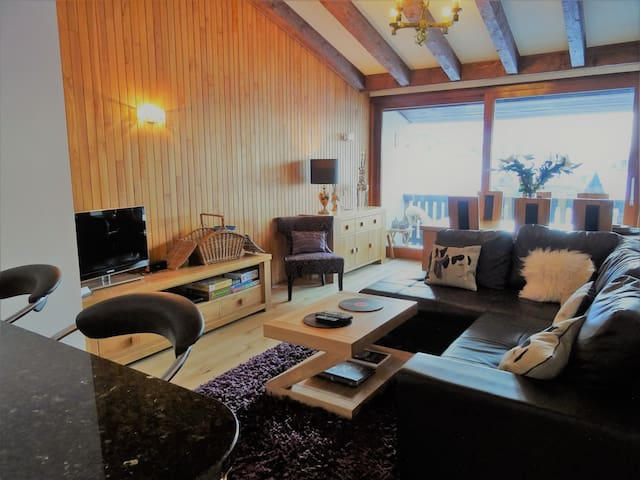Penthouse apartment with panoramic views, Morzine