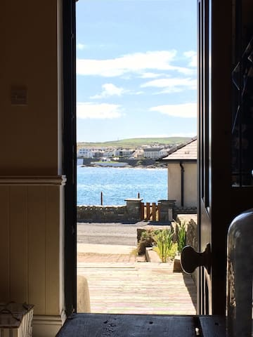"""Cois Farraige"" - Doorway to The Wild Atlantic Way - Kilkee - Rumah"