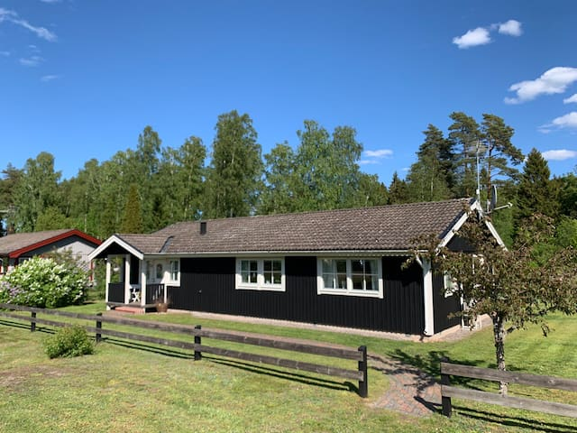 Villa - close to golf and nature