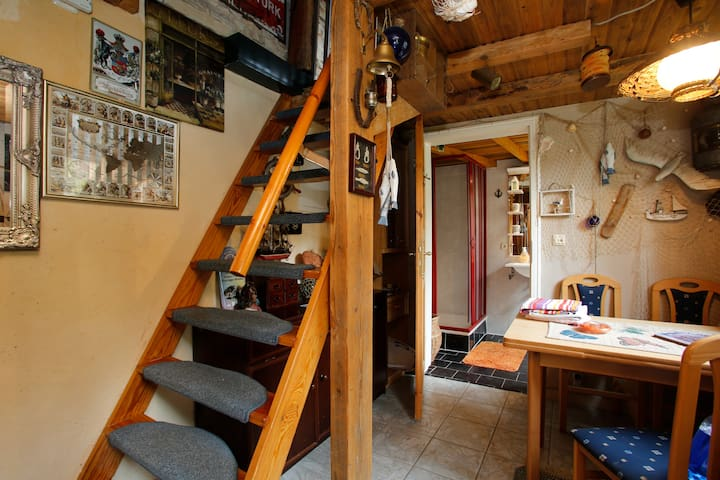 Gemütliche 2-Raumwohnung auf 2 Etag - Wismar - Lägenhet
