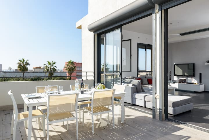 NOGA TLV II - LUXURY SEA VIEW PENTHOUSE ROOFTOP