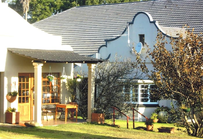Petras Country Guesthouse - Vryheid - Bed & Breakfast
