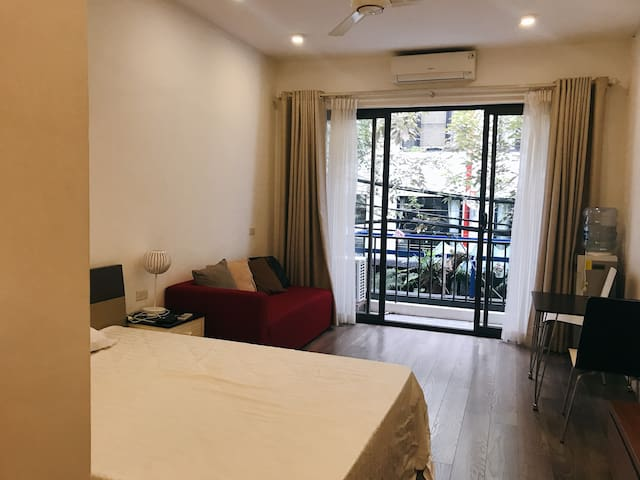 Fully equipped studio⭐️350/month⭐️West Lake Area