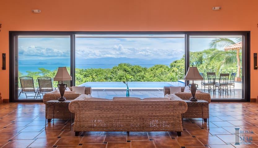 Villa Chantal, Oceanview & Private Pool,Costa Rica