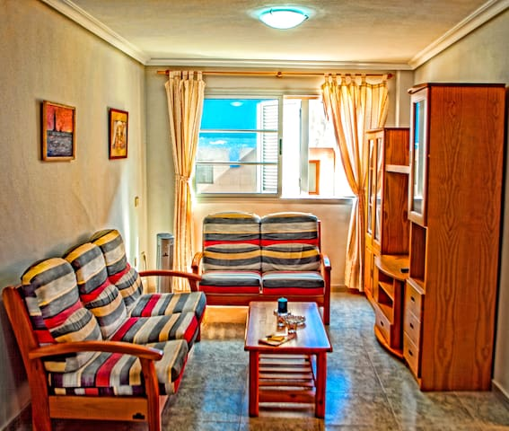 Apartment in La Garita with Excellent Links. - La Garita - Wohnung