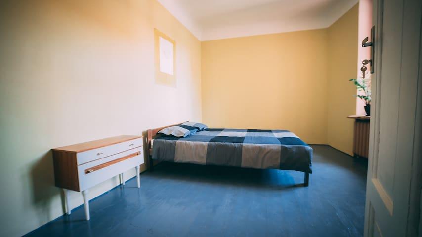 Cozy  double room in Riga Art hostel