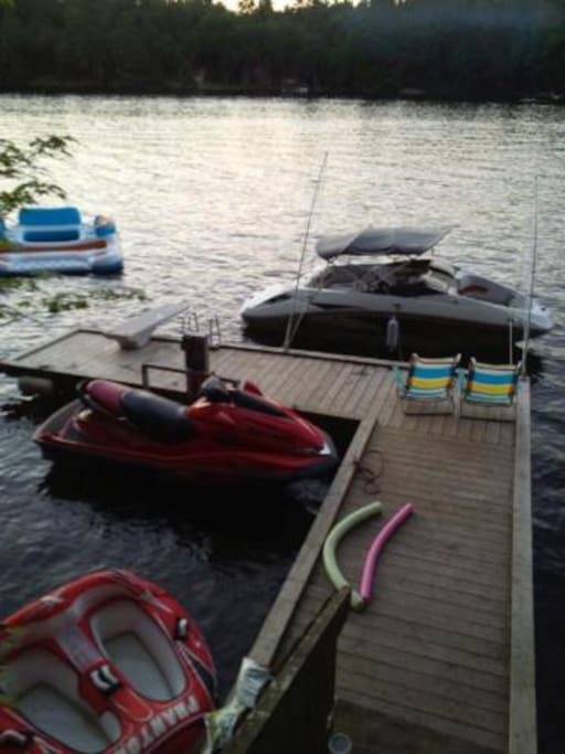 Dock hold jetski and boat.