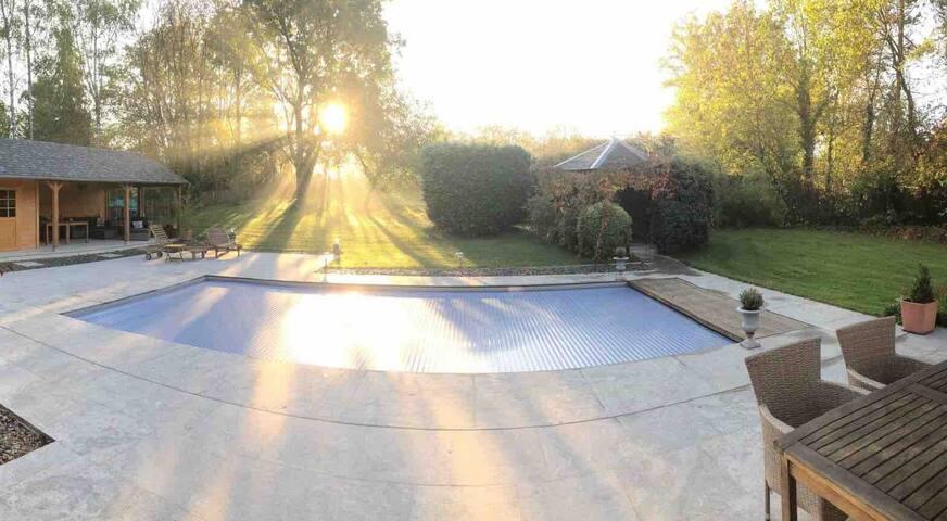 Villa Sparadis - Suite avec piscine à 250 m du lac