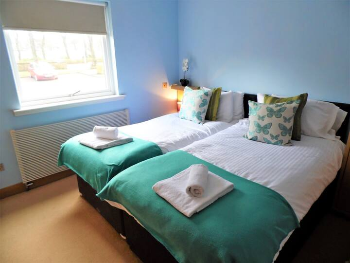 Signature - Blair Park Coatbridge Apartment